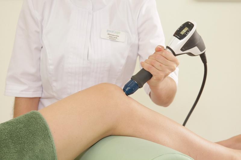 Лечение колена прыгуна радиальной ударно-волновой терапией. Duolith SD1 Ultra RSWT.