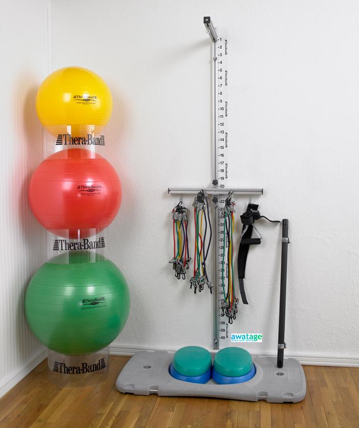 Кинезиотерапия с лентами и мячами на станции ТераБэнд