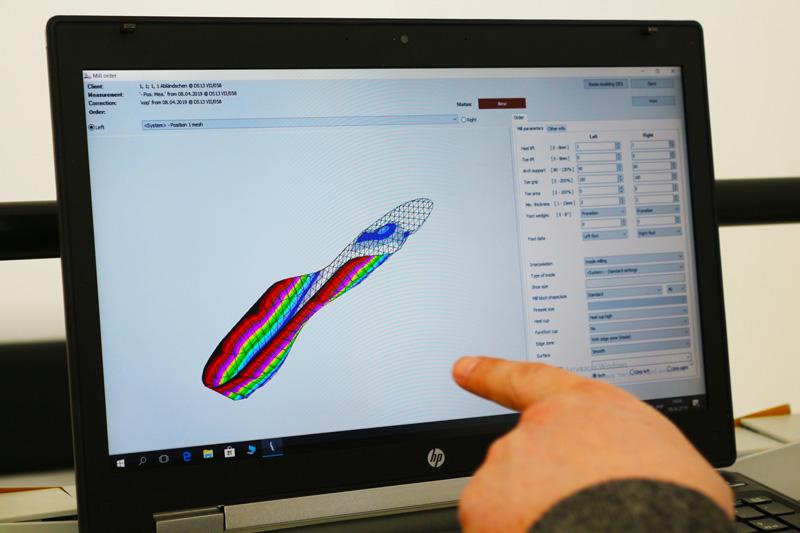Моделирование индивидуальной ортопедической стельки