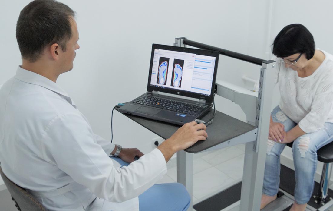 Процедура диагностики стопы с помощью 3D сканера стопы
